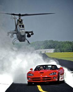 Dodge Viper. Top Gear Viper vs. Viper Love Top Gear !!! We need such a tv show in France...