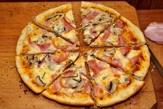 pizza cu blat aromat 12 Tumblr Food, Hawaiian Pizza, Food Cravings, Yummy Drinks, Vegetable Pizza, Food And Drink, Homemade, Snacks, Cooking