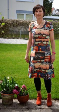 """SCHILDKROETE - VOM LANGSAMEN NÄHEN UND LAUFEN  Kleid genäht nach meinem schnitt aus meinem buch """" ein schnitt-vier styles"""""""