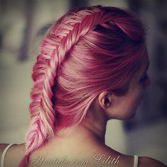 French fishtail braid hairstyle. Watch my hair tutorial on http://www.youtube.com/watch?v=eeebj0U70CY