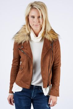 This suede jacket gives any outfit an instant cool-factor. The faux-fur collar is detachable, giving you even more versatility. Suede Jacket, Blazer Jacket, Leather Jacket, Us Online Clothing Stores, Faux Fur Collar, Contemporary Fashion, Suede Leather, Cool Outfits, Elegant