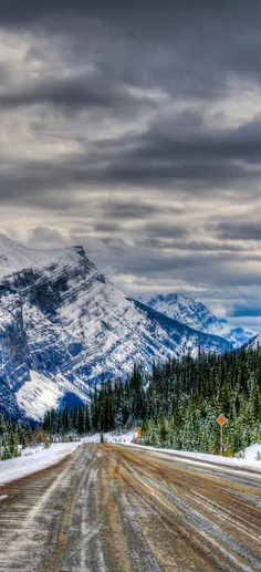 Icefields Parkway, Banff and Jasper National Parks Alberta Canada