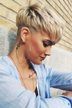 10 stylish pixie hairstyles, undercut hairstyles - women short hair for summer . - 10 stylish pixie hairstyles, undercut hairstyles – women short hair for summer … – short hair - Undercut Hairstyles Women, Undercut Pixie Haircut, Undercut Women, Short Pixie Haircuts, Short Hairstyles For Women, Hairstyles Haircuts, Summer Hairstyles, Short Hair Cuts, Trendy Hairstyles