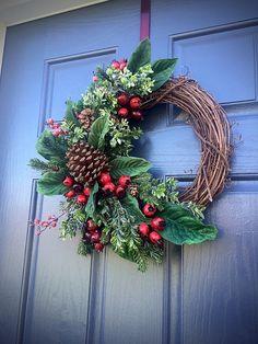 PInecone Wreaths Winter Door Wreaths Green by WreathsByRebeccaB
