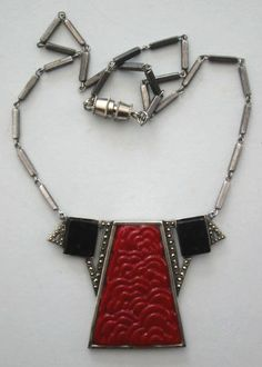 Art Deco necklace - Decogirl