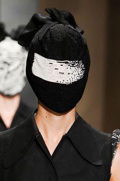 Faux Maison Martin Margiela mask « Kanye West Forum