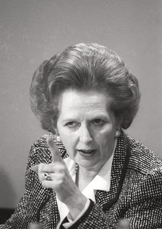 The Iron Lady aka Margaret Thatcher did not want to be a part of this movie and yet this movie is all about the untold aspects of the former UK Prime Minister. Margaret Thatcher, Famous Women, Famous People, The Iron Lady, British Prime Ministers, Great Leaders, World Leaders, British History, Rare Photos