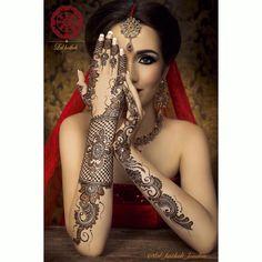 Our stunning henna feature look in Asiana magazine! Henna by @lal_hatheli_london!   #henna #Simple #bridal #mandala #lal_hatheli  #instagram #mehndi #pattern  #bridalhenna #bridalmehndi #mehendi #mehandi #heena #hennadesign #hennapattern #tribalhenna #casualhenna #temporarytattoo #hennatattoo #tattoo #tat #partyhenna