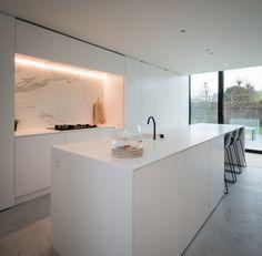 """Ontdek dit project op za 23 en zo 24 september 2017 tijdens openhuizendag """"Mijn Huis Mijn Architect"""" // Architectenkantoor: OO_BURO Architectuur.Interieur.Omgeving // Fotograaf: Francis Vermeulen > Fotech"""