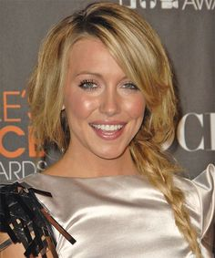 Katie Cassidy's Long Blonde Hair In Loose Braided Hairdo