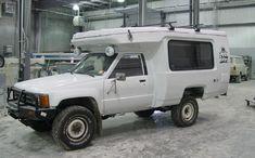 Toyota Pickup Camper