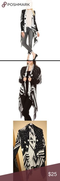 Black and white cardigan Worn once! Super soft!! Size small 😊 Sweaters Cardigans
