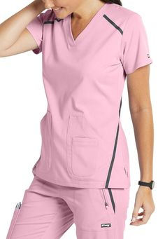 The Grey's Anatomy Impact Elevate Three Pocket Scrub Top is made of comfy stretch fabric. Cute Nursing Scrubs, Nursing Clothes, Scrubs Outfit, Cute Scrubs Uniform, Stylish Scrubs, Greys Anatomy Scrubs, Womens Scrubs, Medical Scrubs, Scrub Tops