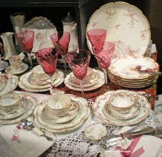 """Antique Haviland Limoges China -    Holly Lane Antiques -This looks a lot like the """"Sunnyvale"""" china by Castleton that mother left me."""