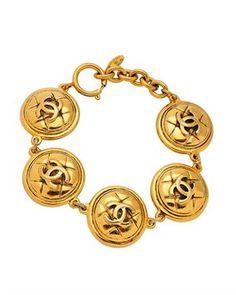 Chanel LUIB CC Medallion Gold-Plated Bracelet