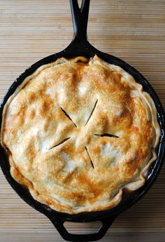 Easy Skillet Apple Pie - classic apple pie with a layer of butter & brown sugar hidden underneath