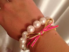 Kate Spade bangle and pearls- a perfect combo!