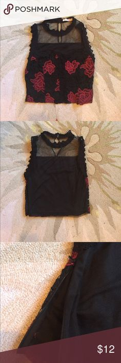"""Lace crop top Cute crop top from forever 21. Sorta makes ya feel like a sexy vampire... Side zip and button at collar! Bust: 36"""" Forever 21 Tops Crop Tops"""