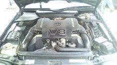 Mercedes-benz v8 motor
