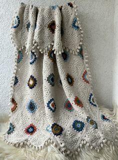 Crochet blanket. Afghan blanket. Boho blanket. Granny's squares blanket. Wool blanket. Bed blanket. Wool afghan. Granny Square Blanket, Afghan Blanket, Wool Blanket, Crochet Granny, Knit Or Crochet, Crochet Shawl, Warm Blankets, Wool Yarn, Plaid