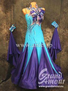 社交ダンスドレスのドレスネットアニエル / M3898・【Grand Amour】水色&ブルーベリー・25万円