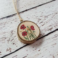 Poppy red flowers Christmas ornaments Wood slice Rustic
