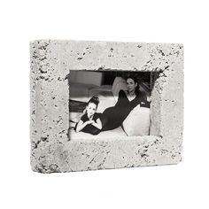 Fotolijstje van beton van Gift by IVANKA via  http://nl.dawanda.com/