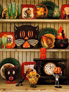 vintage halloween decor.