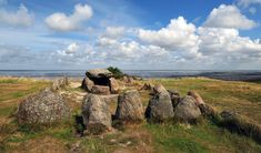 Megalithic grave Harhoog located in Keitum on the island of Sylt in Schleswig-Holstein, Germany. Sweden Places To Visit, Ireland Places To Visit, Israel Travel, Egypt Travel, Cairns, Turkey Places, Greece Islands, Vacation Places, Family Destinations