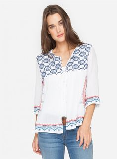 Benton Effortless Cover Up Made from a crisp, white cotton voile the 3J Workshop BENTON EFFORTLESS COVER UP is a boho beautiful top that features a stunning floral embroidery pattern. Perfect paired with your fave denims or leggings and always leave it untucked to show of its full effortless charms.   —Cotton Voile —3/4 sleeve —Care instructions: Machine Wash Cold, No Bleach, Tumble Dry Low