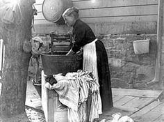 wash day, 1902 Today we think it's a chore to load the atuomatic washer and dryer!!