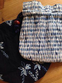 巾着 mokume shibori with tie resist in between to get the stripes