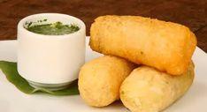 Pasteles de yuca Tapas, Cilantro, Cornbread, Holiday Crafts, Appetizers, Cheese, Dishes, Ethnic Recipes, Libra