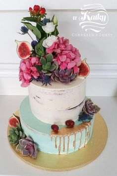 We love this kind of cake by Katka