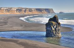 Alone in South Iceland by Jës, via Flickr