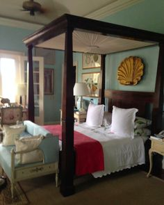 Room of the Day ~ piquant blue & white in a Bunny Williams' fetching bedroom at her home in the Dominican Republicm 5.5.2014