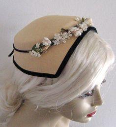 Vintage STRAW HAT with black velvet trim 1940s by vintagous, $22.00