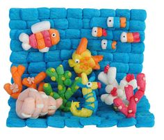 Ocean scene with fish, coral, sea horse, shells in aqua made from playmais or magic nuudles Diy And Crafts, Crafts For Kids, Arts And Crafts, Infant Activities, Activities For Kids, Farm Animal Crafts, Art Projects, Projects To Try, Cute Kawaii Drawings