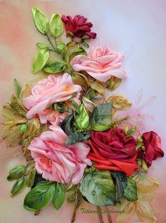 """Quadro """"Roses"""", realizzato in tecnica Silk ribbon embroidery. di SilkRibbonembroidery su Etsy"""