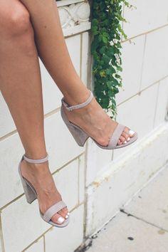 steve madden nude block heels