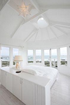 #white #bedroom #dreambedroom #whitebedroom