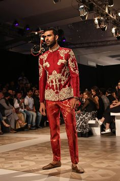 'Lasting Loyalty' Bridal Collection By Ali Xeeshan At Ali Xeeshan showcased his latest bridal collection at the PFDC L'Oreal Ali Xeeshan, Pakistani Bridal Dresses, Bridal Collection, Lehenga, Christmas Sweaters, Captain Hat, Vogue, Indian, Couture
