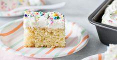 Vegan κέικ βανίλιας | My Review Best Vanilla Cake Recipe, Homemade Vanilla Cake, White Cake Recipe 9x13, Homemade Frosting, Homemade Recipe, Sour Cream Chocolate Cake, Sour Cream Cake, Cake Recipes, Dessert Recipes
