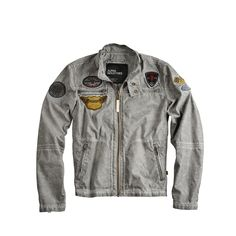 "Produktbeschreibung:      Alpha Industries Bike Jacket ""Road Star"" aus Cotton Nylon     Embroidered Patches     Overdyed Patches     Vintage Look        Passform & Größenlauf:      Normale Passfom (Standard Fit)     Erhältlich in den Größen: S - 3XL        Material & Pflege:      Oberstoff: 70% Baumwolle 30% Nylon     Futter: 100% Nylon     Pflegehinweis: Chemische Reinigung     ..."