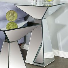 I pinned this Cleo Side Table from the Lowrey & Lane event at Joss and Main! Geometric Furniture, Mirrored Furniture, Furniture Design, Mirrored Table, Siting Room, Aluminum Fabrication, Glass And Aluminium, Closet Layout, Glass Vanity