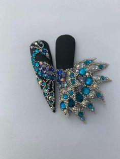 Peacock Nail Art, Rhinestone Art, Crystal Nails, Stiletto Nails, Press On Nails, Nail Artist, Nail Inspo, Nail Art Designs, Swarovski