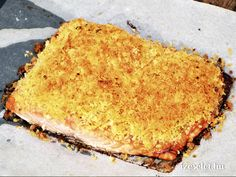 Fűszeres, morzsás lazac - Receptek   Ízes Élet - Gasztronómia a mindennapokra Sandwiches, Fish, Ethnic Recipes, Pisces, Paninis