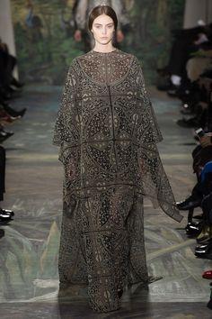 Valentino Spring 2014 Couture - Review - Vogue