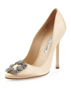 S0ANK Manolo Blahnik Hangisi Satin Crystal-Toe Pump, Champagne