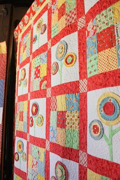 quick and easy quilt..extra adorable-This would be a really cute summer quilt